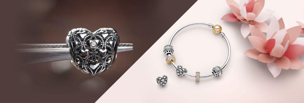 Club charm & bracelet
